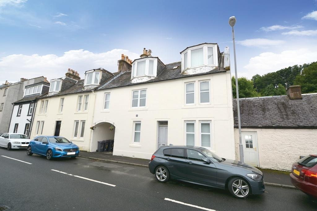 2 Bedrooms Flat for sale in 1/03 Seaview, Main Street, Inverkip, PA16 0AT