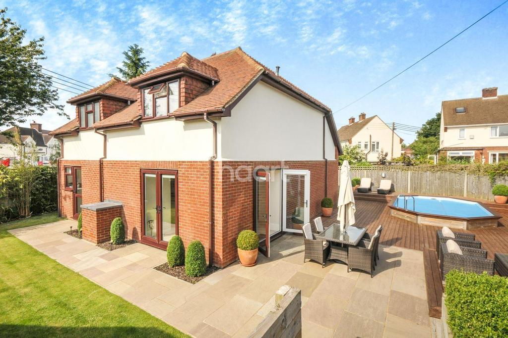 4 Bedrooms Detached House for sale in Badgers Hollow, Harvest Way, Crockenhill