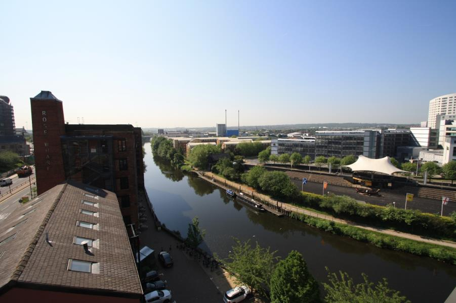2 Bedrooms Apartment Flat for rent in ROBERTS WHARF, EAST STREET, LEEDS, LS9 8DT