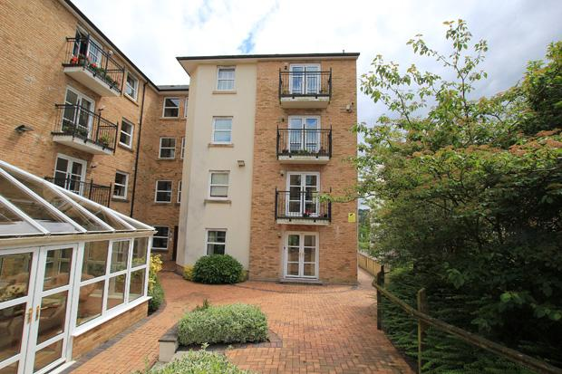 1 Bedroom Apartment Flat for sale in Hafan Tywi, The Parade, Carmarthen, Carmarthenshire
