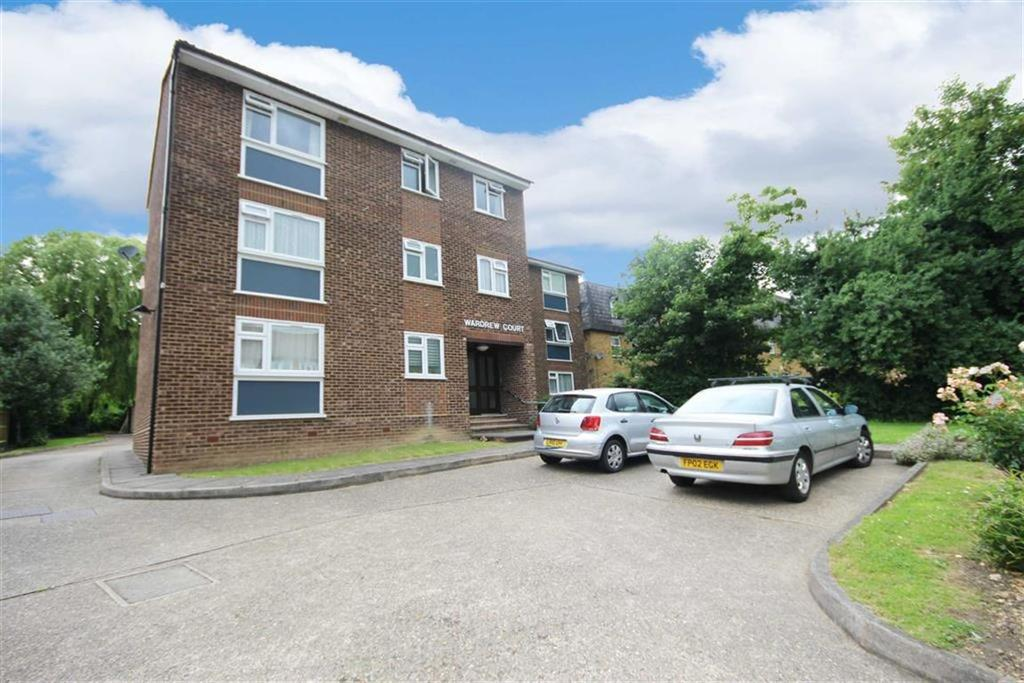 2 Bedrooms Flat for sale in 36 Lyonsdown Road, New Barnet, Hertfirdshire