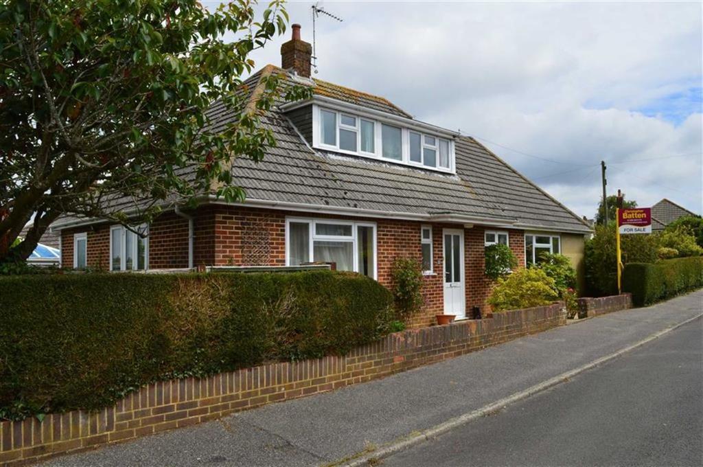 4 Bedrooms Chalet House for sale in Ullswater Road, Wimborne, Dorset