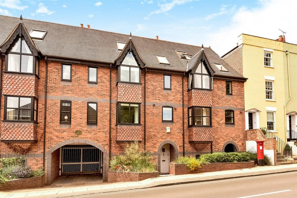 4 Bedrooms Terraced House for sale in Winchester, Hampshire