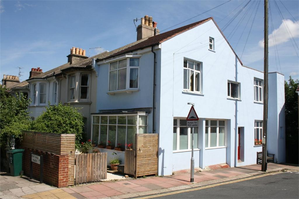 4 Bedrooms End Of Terrace House for sale in Port Hall Place, BRIGHTON, East Sussex