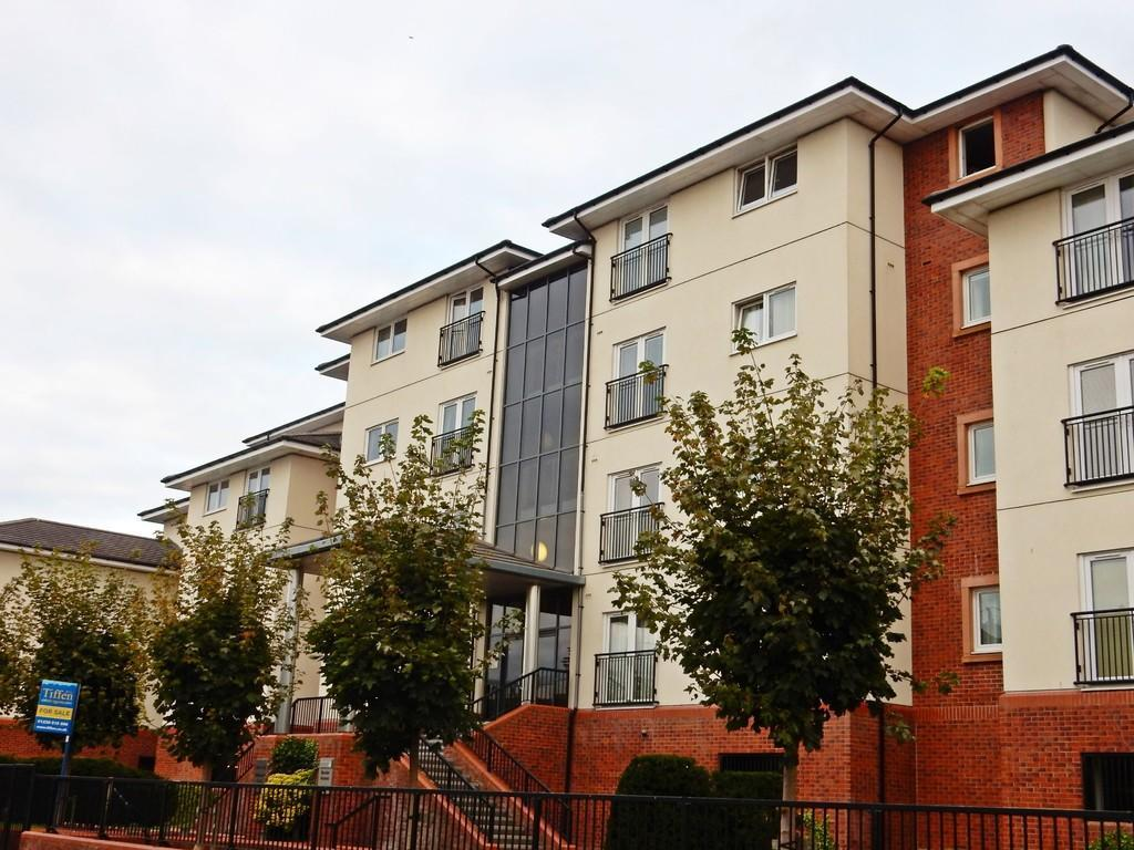 2 Bedrooms Flat for sale in Milbourne Court, Milbourne Street, Carlisle