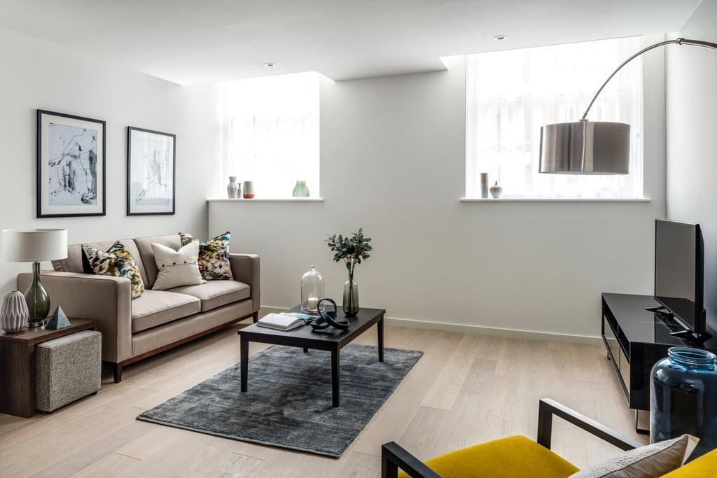 2 Bedrooms Maisonette Flat for sale in Valentine Place, London, SE1