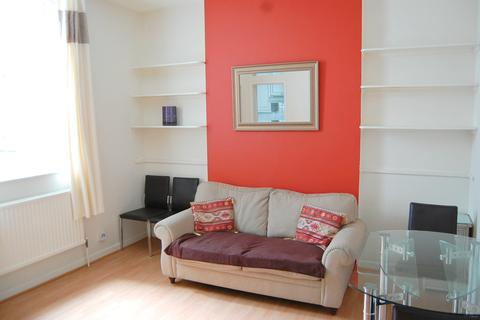 1 bedroom flat to rent - Gloucester Terrace, W2