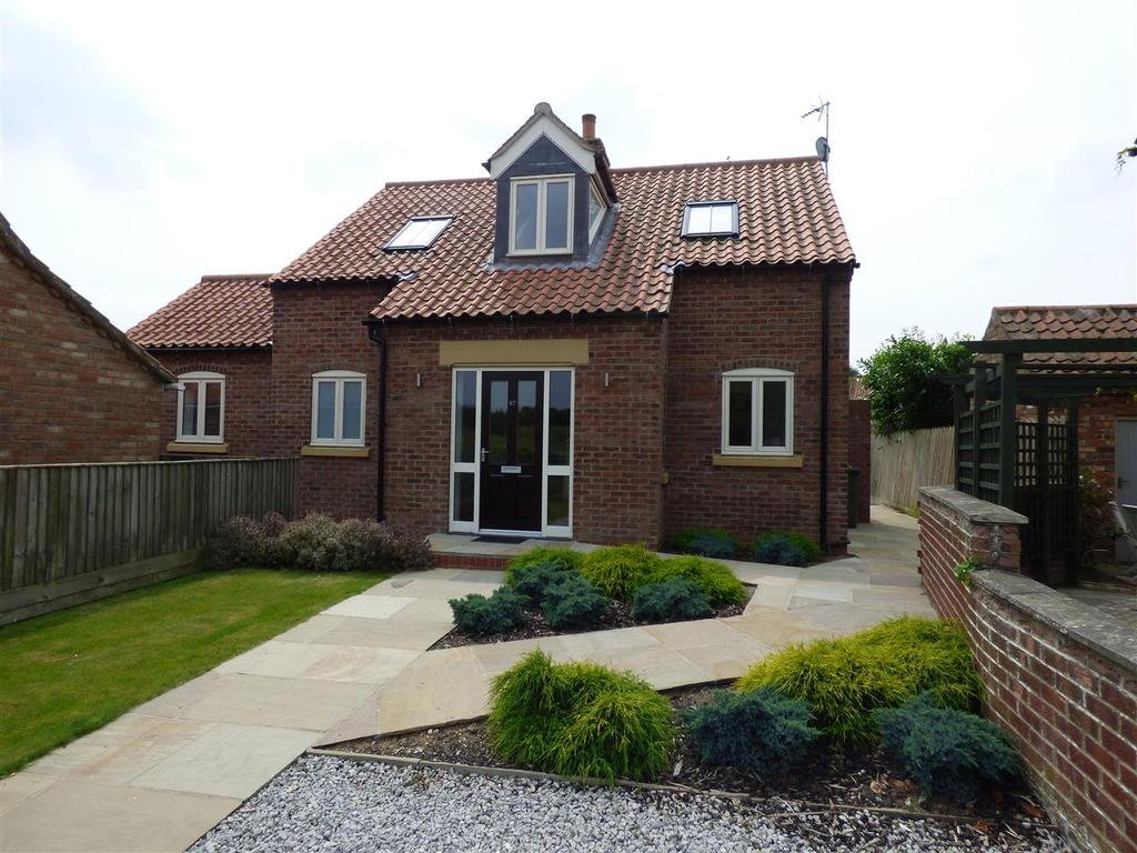 3 Bedrooms Detached House for sale in 67 Front Street, LOCKINGTON, East Riding of Yorkshire, YO25 9SH