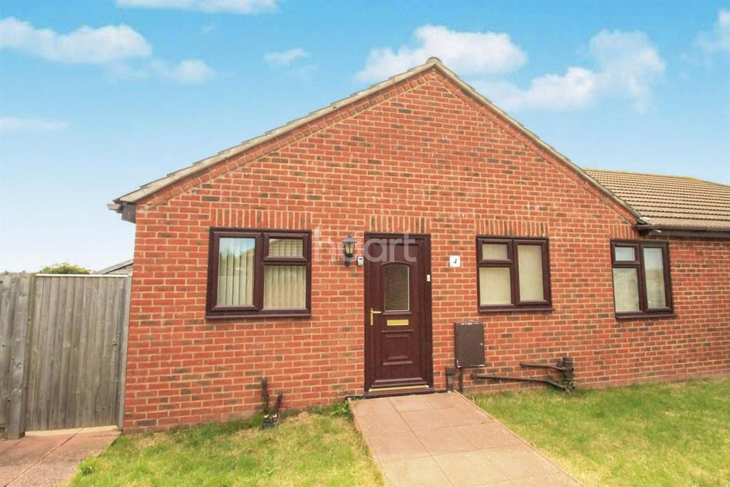 2 Bedrooms Bungalow for sale in Ash Lane, Minster