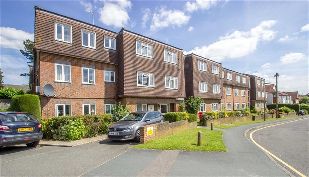 1 Bedroom Retirement Property for sale in Beatrice Lodge, Oxted, Surrey