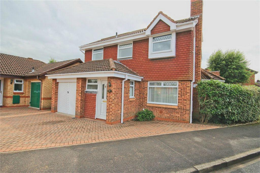 4 Bedrooms Detached House for sale in Warwickshire Close, Hull, East Riding of Yorkshire