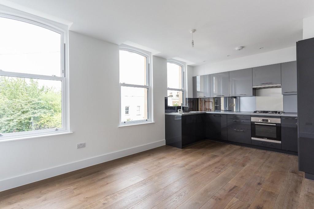 1 Bedroom Apartment Flat for sale in Springdale Road, N16 9NX