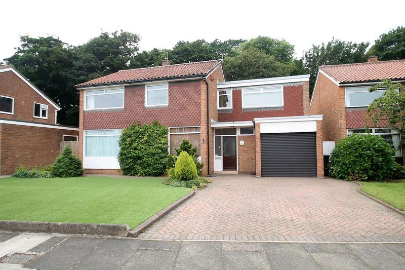 5 Bedrooms Detached House for sale in North Wood, Acklam Hall