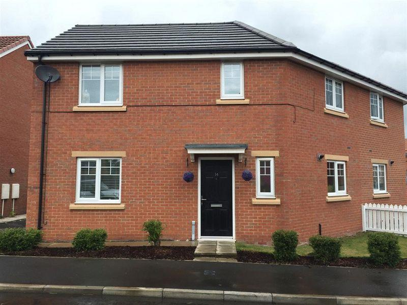 3 Bedrooms Semi Detached House for sale in Pickering Close, Cramlington