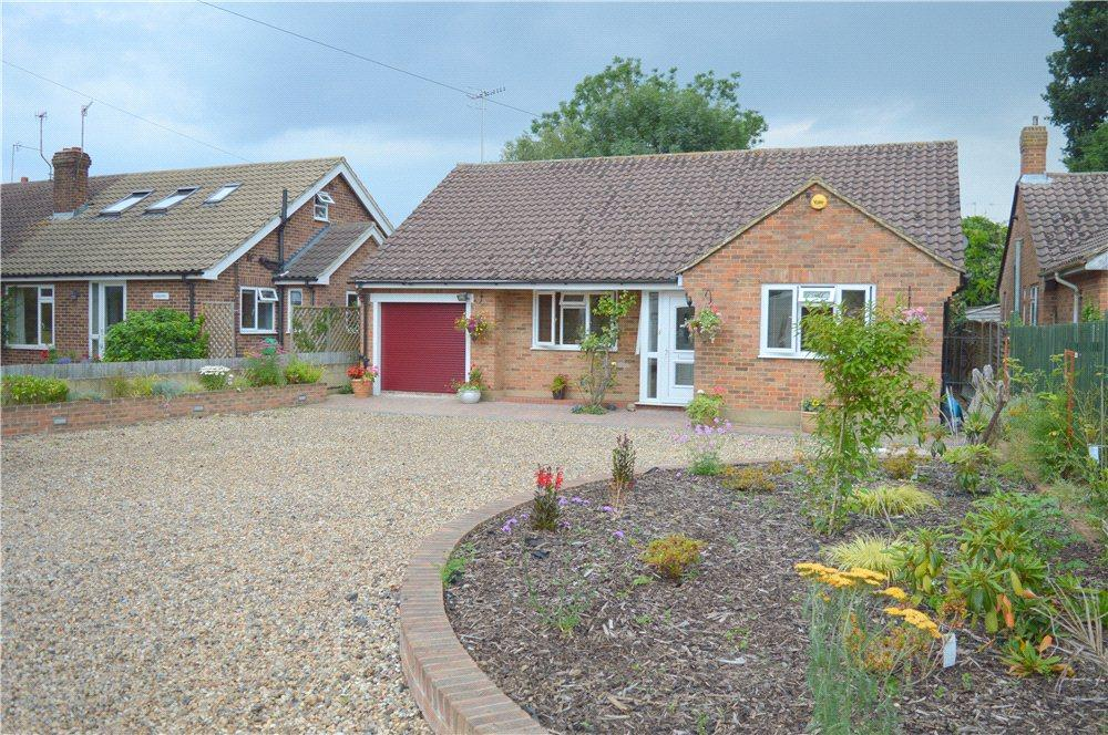 3 Bedrooms Detached Bungalow for sale in Copperfields, Crouch House Road, Edenbridge, Kent