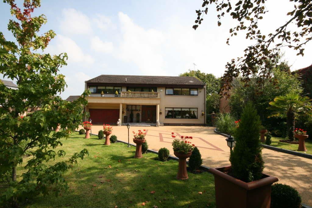 5 Bedrooms Detached House for sale in Sumara, Saltcotes Road, Lytham