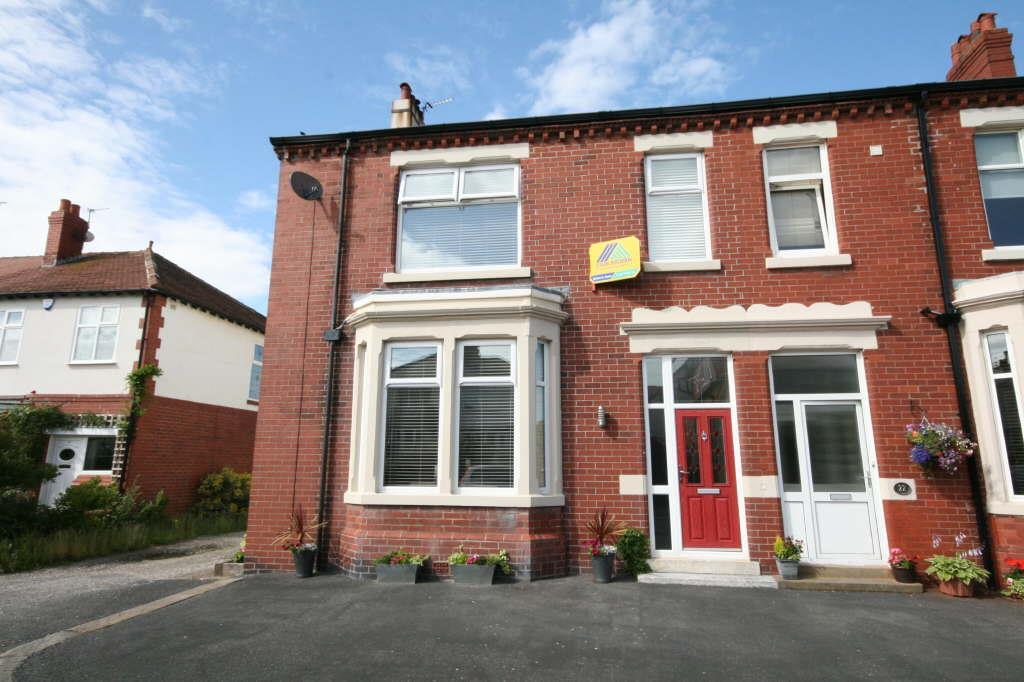 4 Bedrooms Terraced House for sale in 24 Pollux Gate, Fairhaven, Lytham St Annes