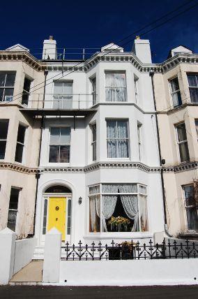 5 Bedrooms House for sale in Waterloo Road, Ramsey, IM8 1DT