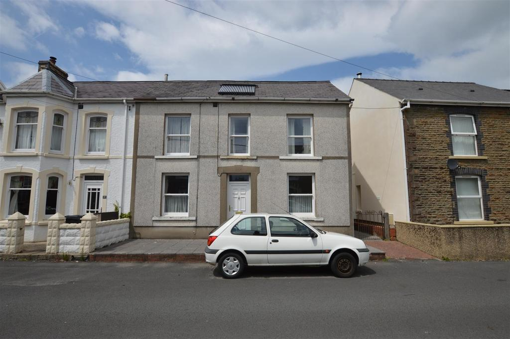 4 Bedrooms Semi Detached House for sale in Gron Road, Gwaun Cae Gurwen, Ammanford