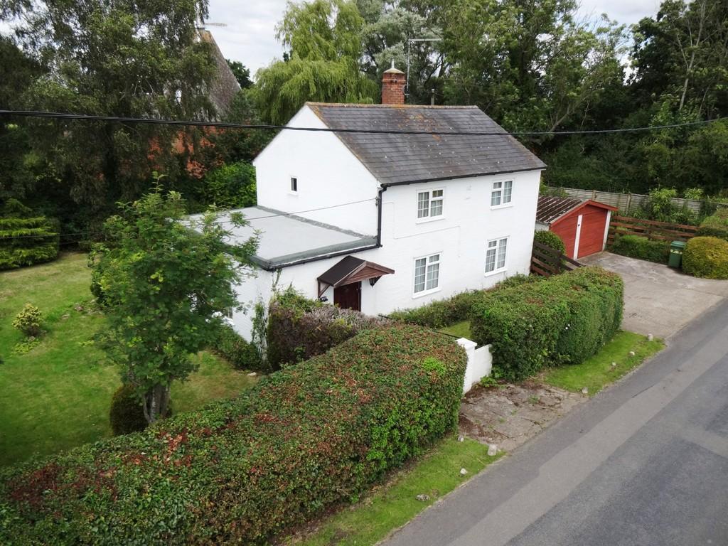 2 Bedrooms Detached House for sale in Staplehurst, Kent