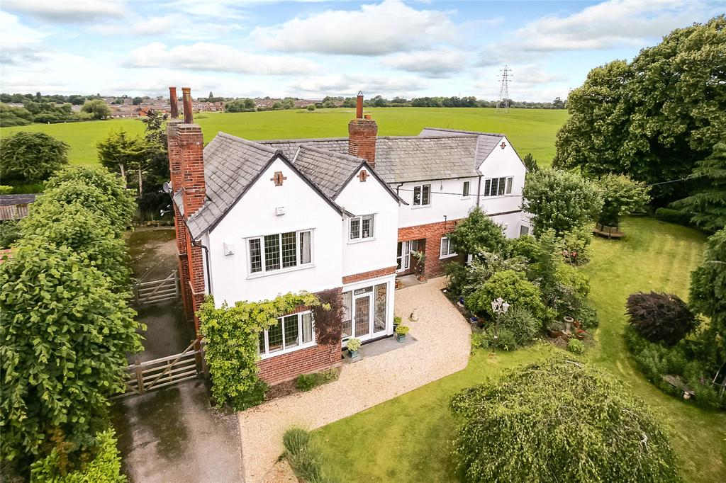 5 Bedrooms Detached House for sale in Parkgate Road, Mollington, Chester