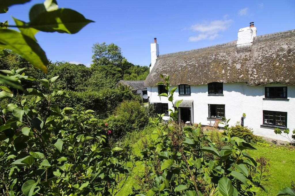 3 Bedrooms Cottage House for sale in Lower Brimley, Bovey Tracey