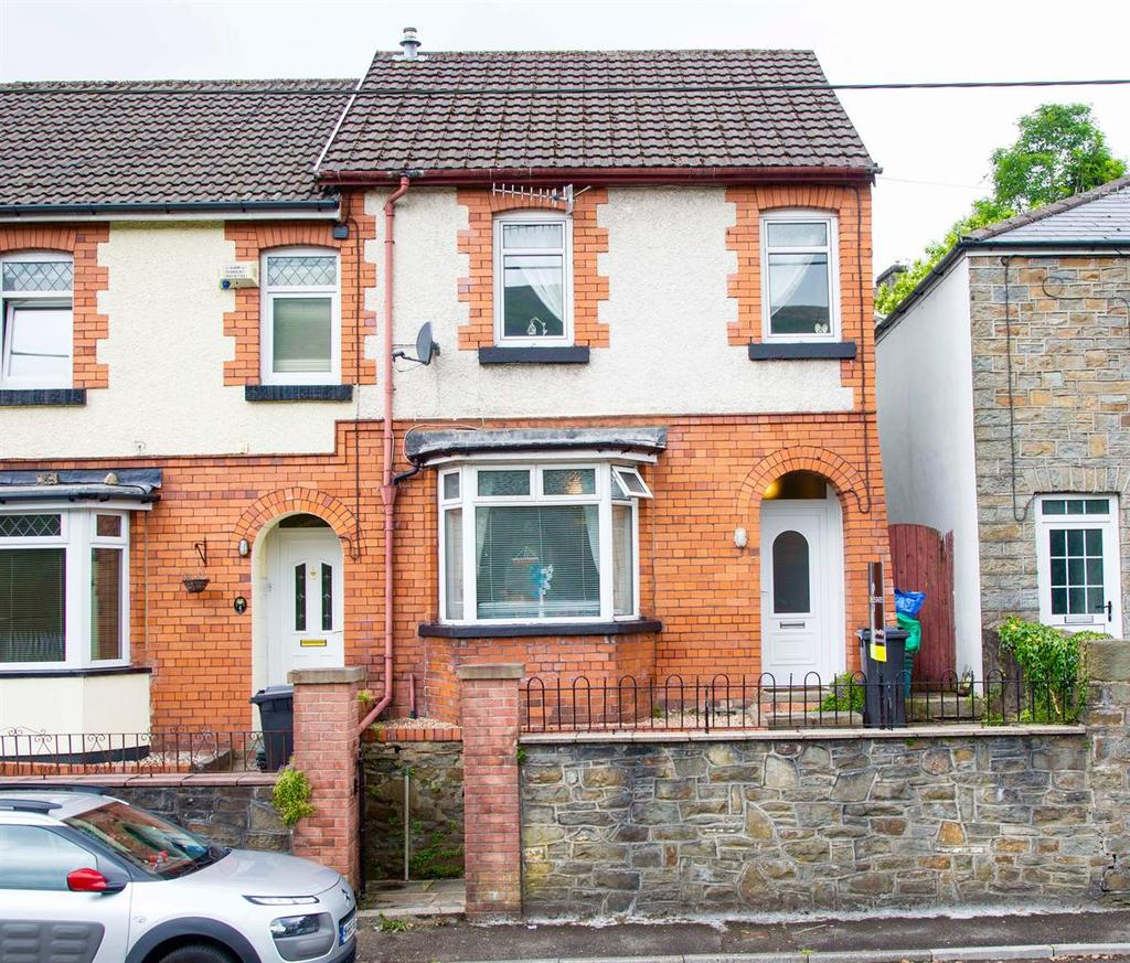 2 Bedrooms Terraced House for sale in Westbourne Place, Troedyrhiw, CF48 4EL