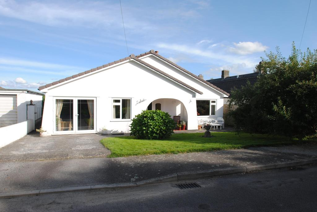 4 Bedrooms Bungalow for sale in Willas Road, Lifton