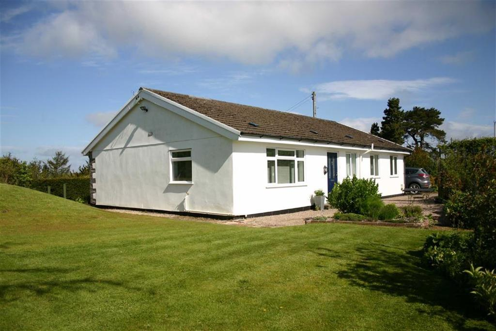 4 Bedrooms Detached Bungalow for sale in Penpentre, Bwlch Y Sarnau, Rhayader, Powys, LD6