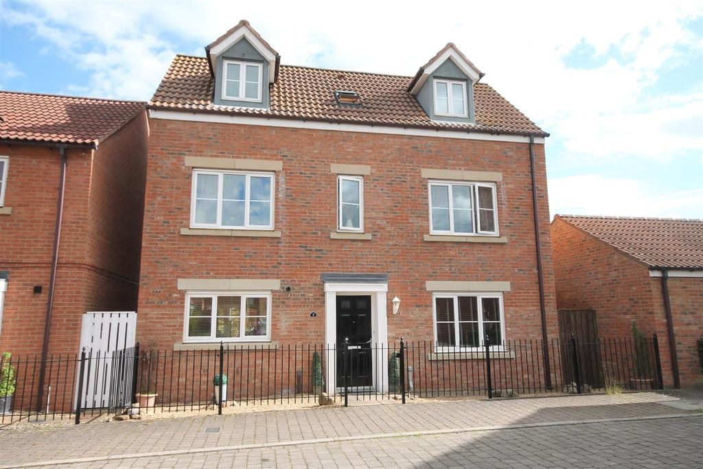 4 Bedrooms Detached House for sale in Colpitts Lane, Darlington