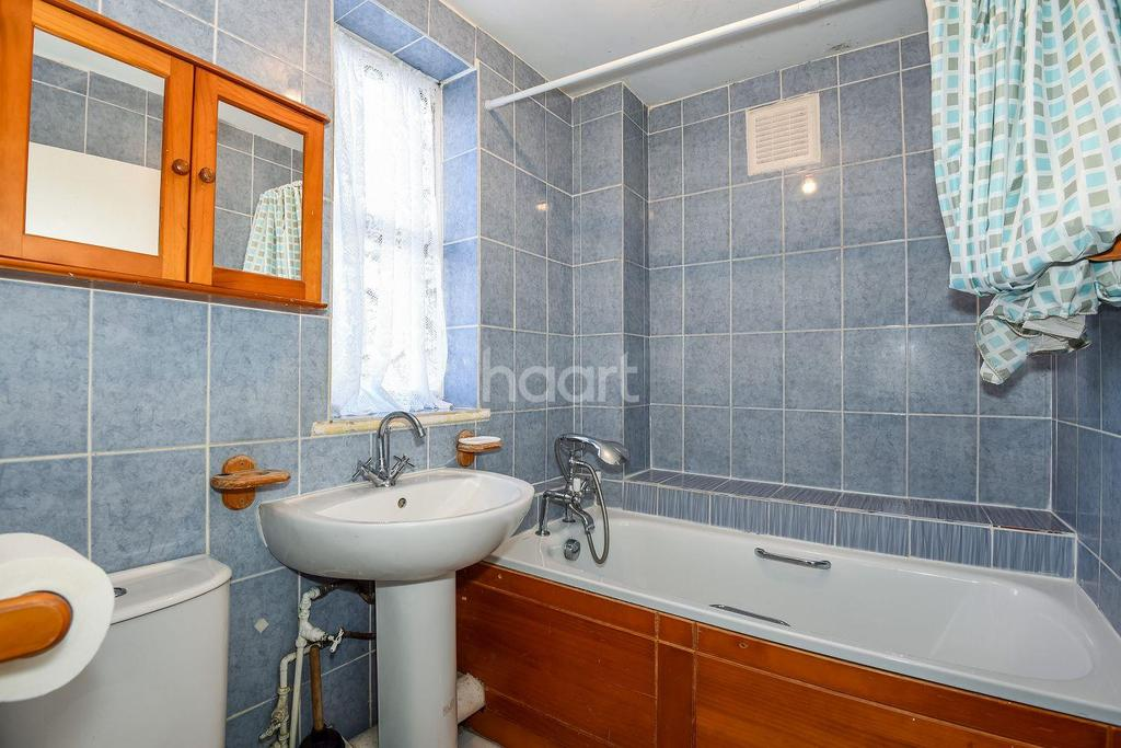 3 Bedrooms End Of Terrace House for sale in Normandy Road, Oval, SW9
