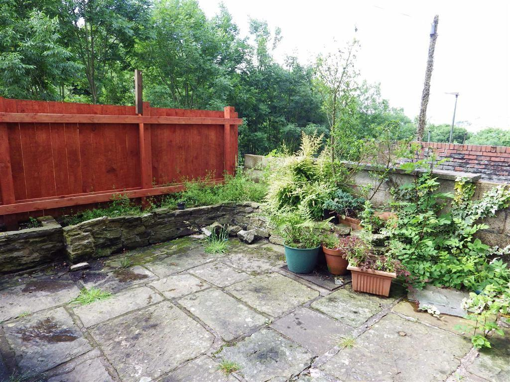2 Bedrooms Terraced House for sale in Peel Street, Haslingden, Rossendale, Lancashire, BB4