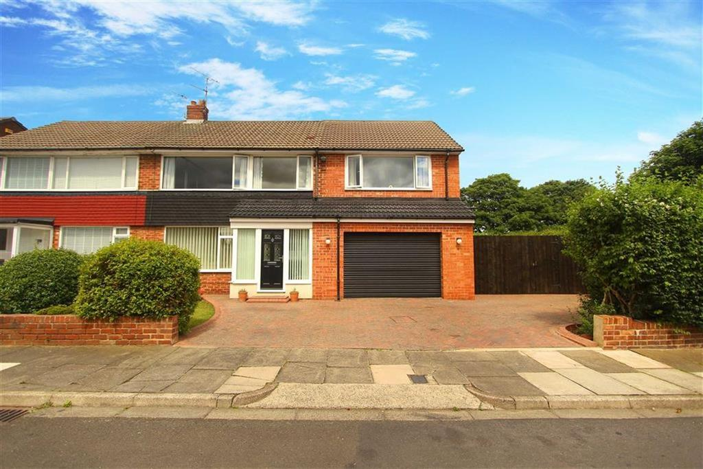 4 Bedrooms Semi Detached House for sale in Hampton Road, Cullercoats