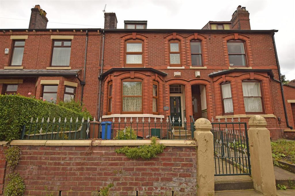 3 Bedrooms Terraced House for sale in Aspinall Street, Middleton, Manchester