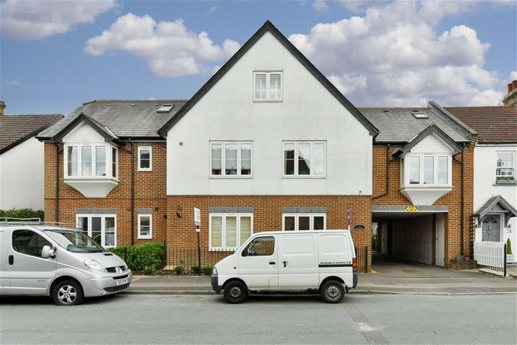 2 Bedrooms Flat for sale in Diceland Road, Banstead, Surrey