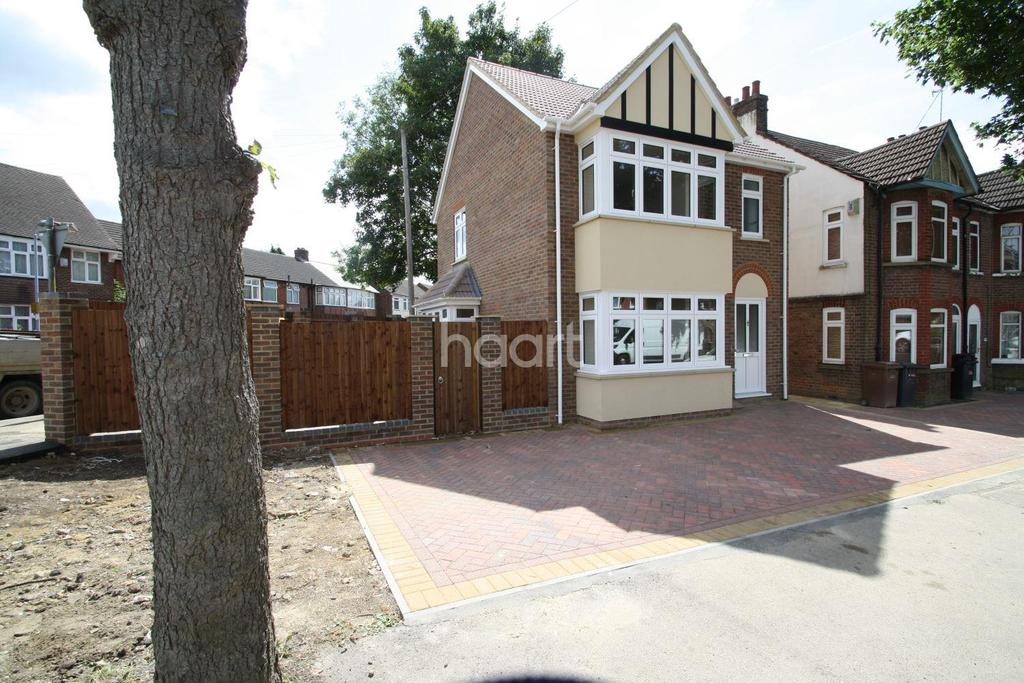 2 Bedrooms Detached House for sale in Stunning new build