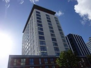 2 Bedrooms Apartment Flat for sale in Newport Road, Cardiff