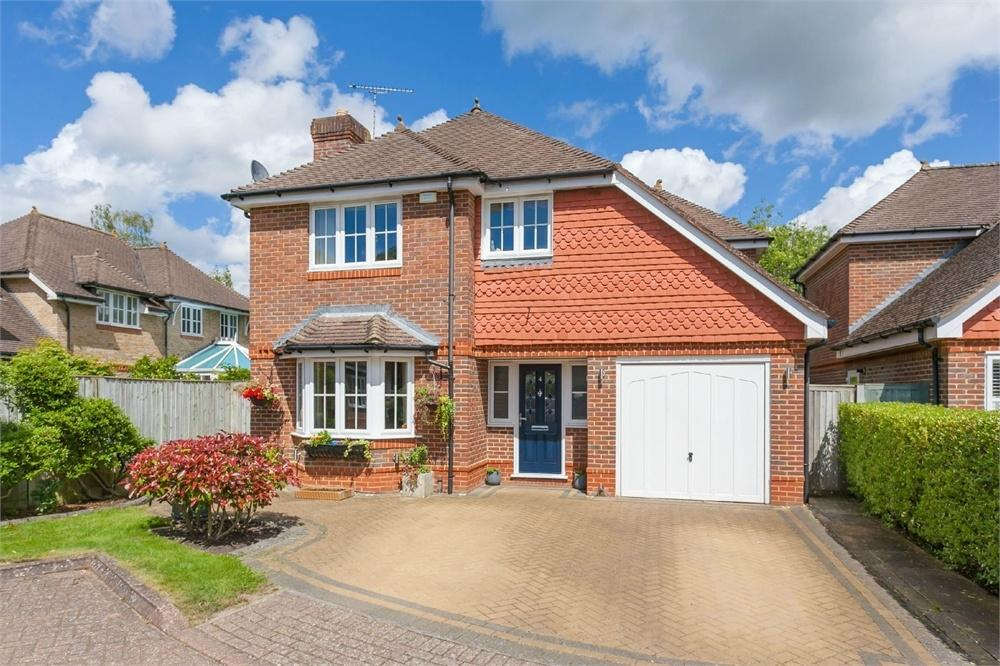 4 Bedrooms Detached House for sale in Nash Place, Penn, Buckinghamshire