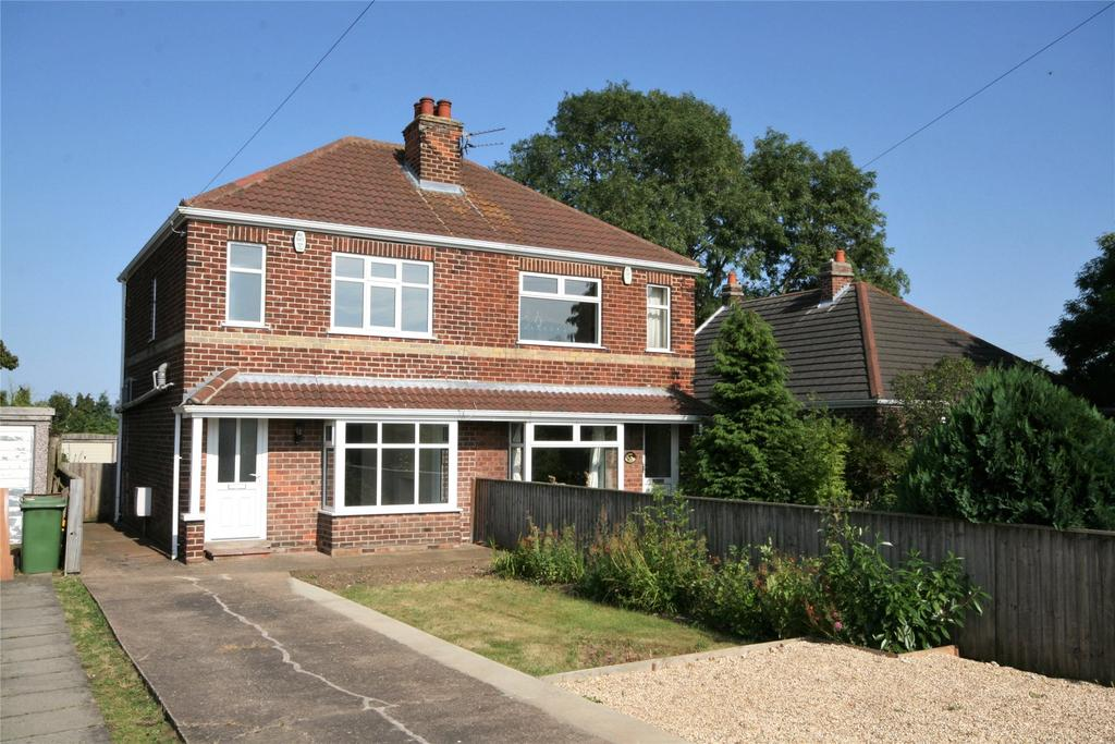 2 Bedrooms Semi Detached House for sale in Louth Road, Scartho, DN33