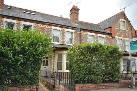 3 bedroom terraced house to rent - Basingstoke Road, Reading