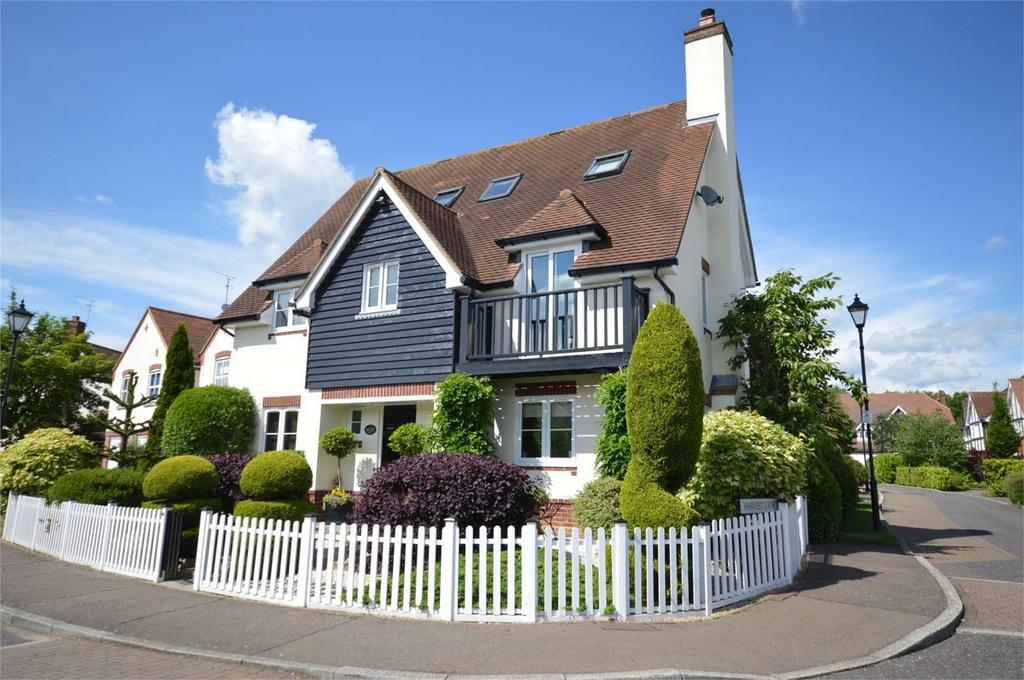 6 Bedrooms Detached House for sale in 45 Fallow Fields, Loughton, Essex