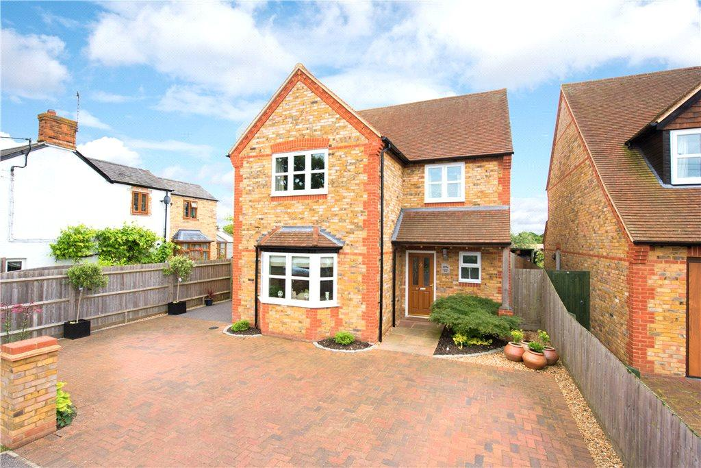 4 Bedrooms Detached House for sale in Station Road, Quainton, Aylesbury, Buckinghamshire
