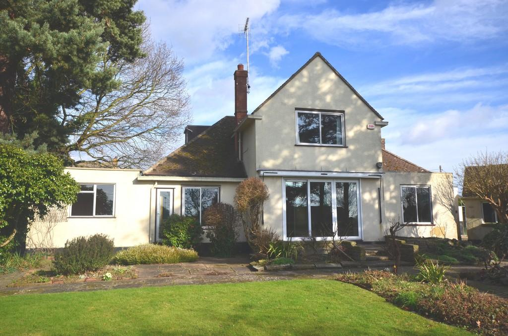 5 Bedrooms Detached House for sale in The Street, Wickham Bishops
