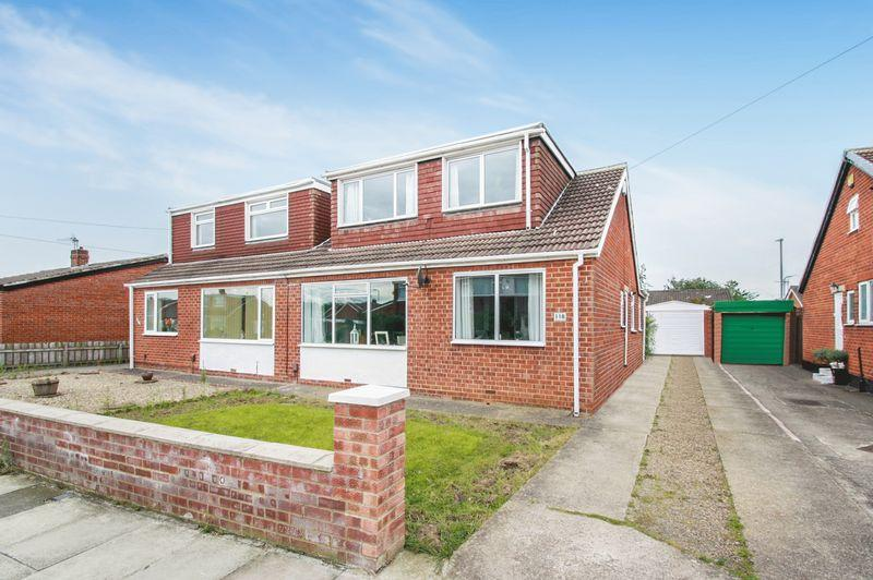 3 Bedrooms Semi Detached House for sale in Whitton Road, Fairfield, Stockton, TS19 7DW