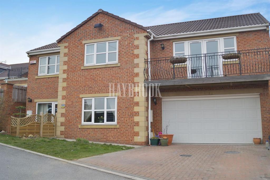5 Bedrooms Detached House for sale in Doncaster Road, Ardsley