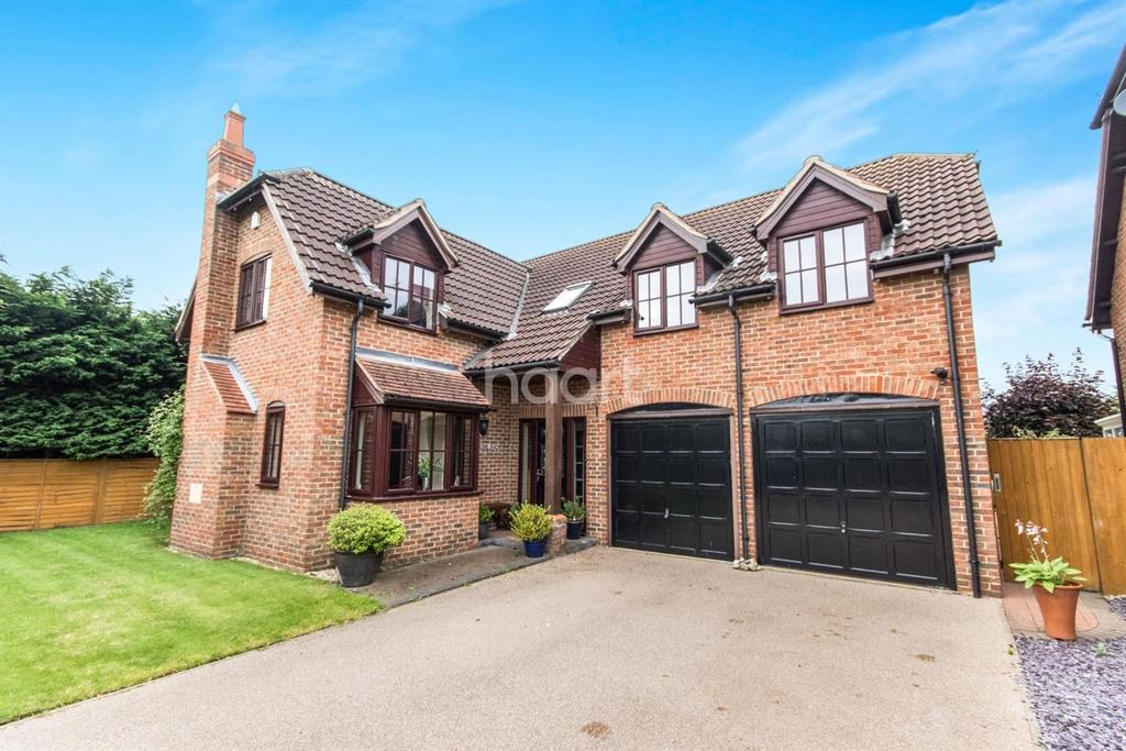 5 Bedrooms Detached House for sale in Woodcroft, South Hykeham, Lincoln, LN6