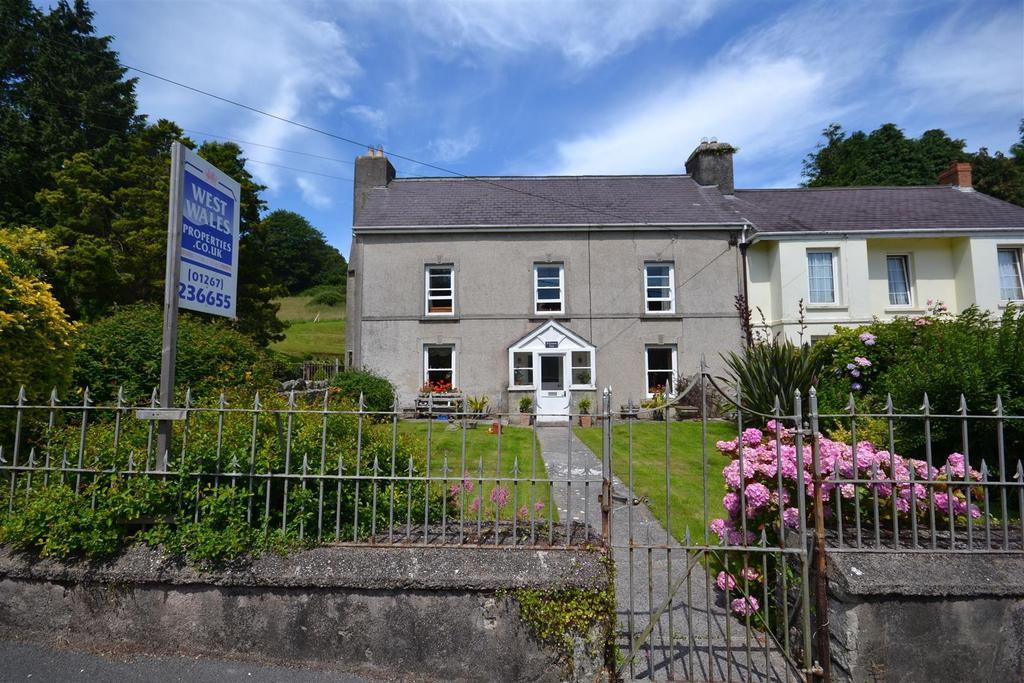 6 Bedrooms Semi Detached House for sale in Llansteffan, Carmarthen