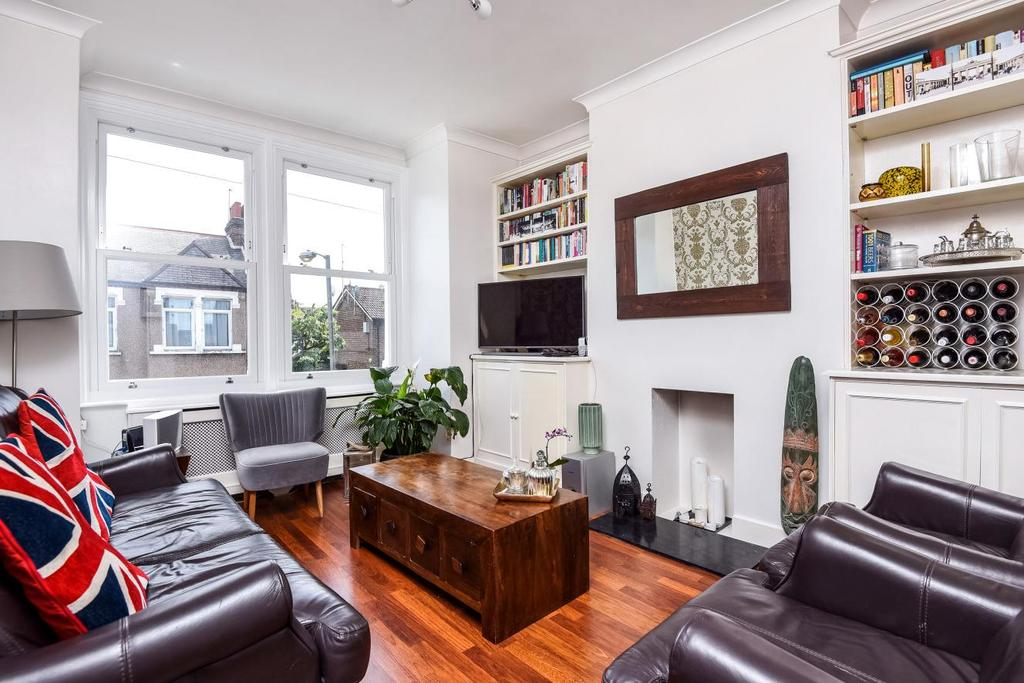 3 Bedrooms Maisonette Flat for sale in Nutwell Street, Tooting, SW17