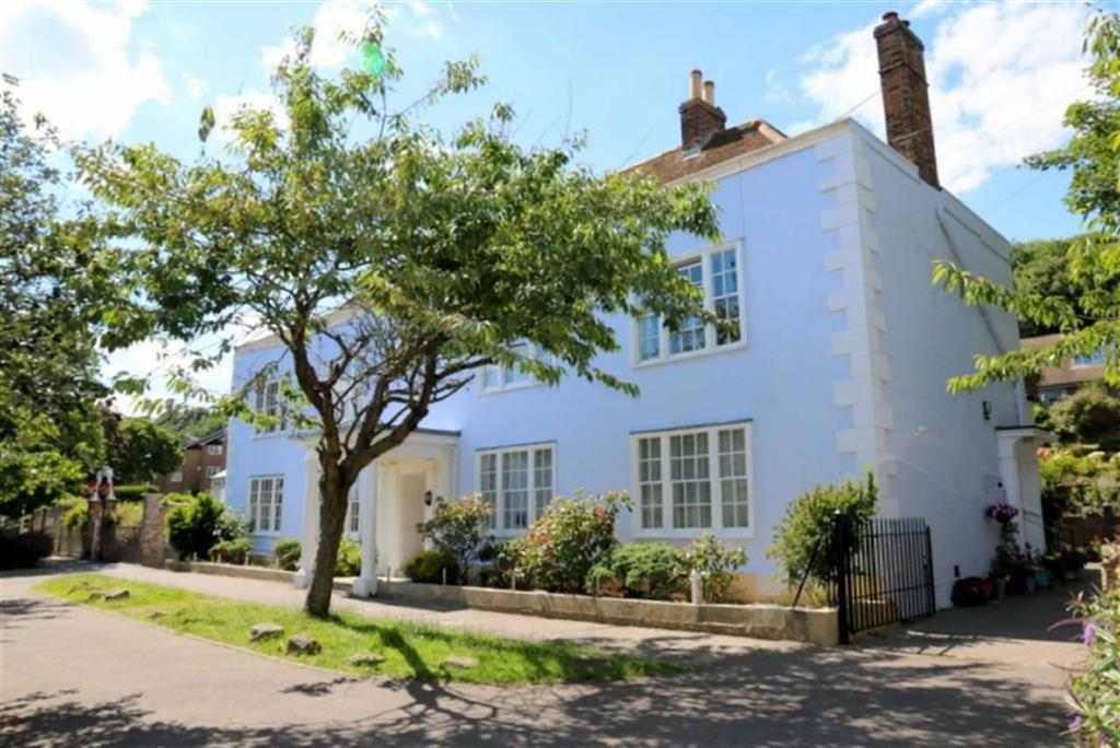 2 Bedrooms Apartment Flat for sale in High Street, Hastings