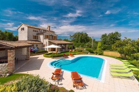 7 bedroom house  - Near Visnjan, Istria, Croatia